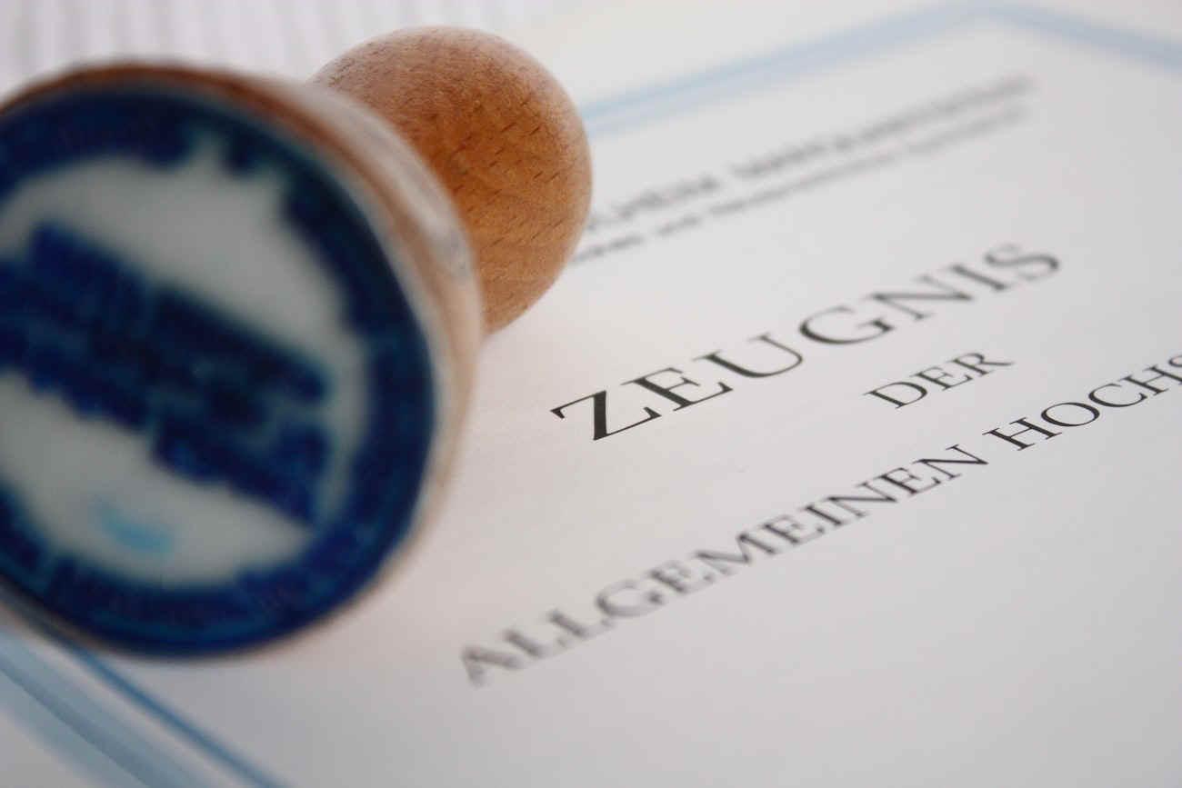 امتحانات الـ DSH المعترفة رسمياً في ألمانيا!