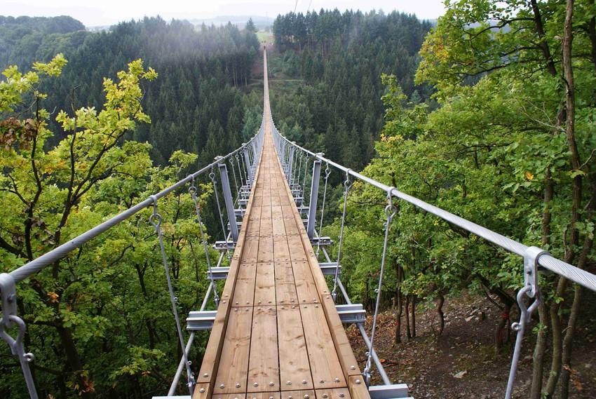 اطول جسر معلق في ألمانيا! عليك زيارته